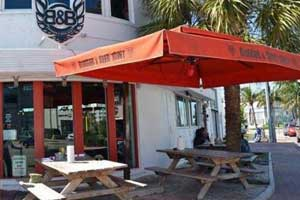 pet friendly restaurants in miami beach